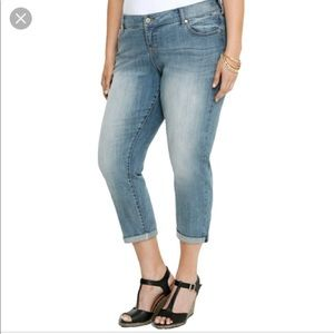 Torrid Ex-Boyfriend Light Wash Jeans